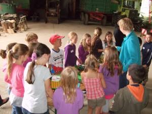 Lernprogramm in der Maschinenhalle
